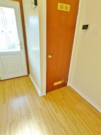 Rear Hallway (1)