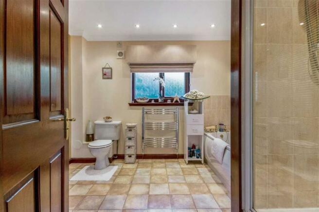 Bathroom (1)