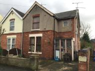 2 bed semi detached house in Warner Street...