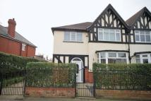 4 bed semi detached property for sale in GRIMSBY ROAD, CLEETHORPES