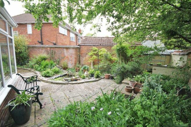 Rear garden ph...
