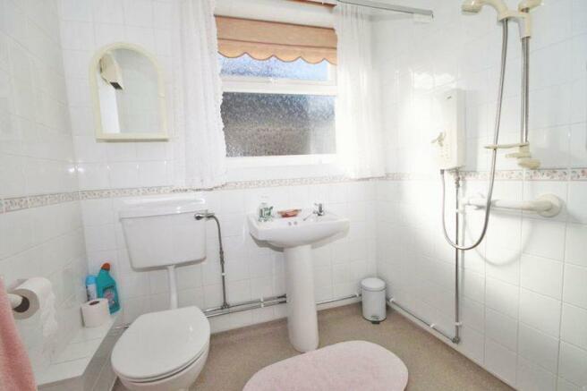 Wet Room/ Bath...