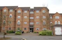 2 bedroom Flat to rent in Salters Close...