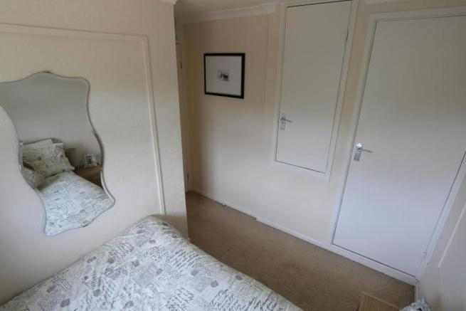 Second bedroom 3.JPG