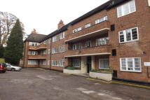 1 bedroom Apartment to rent in Stumperlowe Mansions...