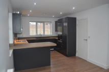 3 bedroom Town House to rent in Bawtry Road, Brinsworth...