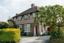 3 bed semi detached property to rent in Hillingdon