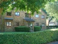 1 bedroom Flat in 8 Chiltern View Road...