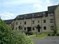 2 bedroom Flat to rent in Lakeside, Witney