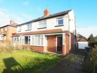 4 bedroom semi detached house in Wensley Drive, Leeds