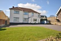 5 bedroom Detached home in King Lane, Leeds