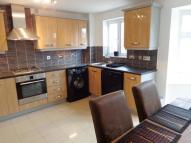 3 bedroom property to rent in Georgian Square, Rodley...