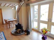 2 bed property to rent in Main Street, Shadwell...