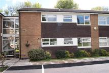 Apartment to rent in Moorland Close, Leeds...