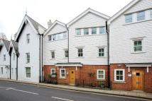 3 bedroom Apartment in Petersham Road, Richmond...