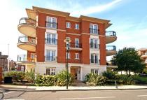 Flat to rent in Clevedon Road...