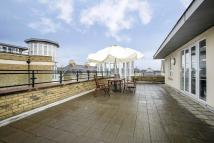 Penthouse to rent in Melliss Avenue, Kew...
