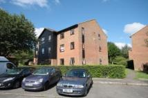 Flat to rent in Guildford