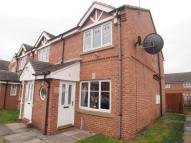 2 bed semi detached house in Naylor Garth, Leeds