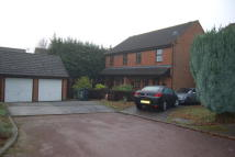 3 bedroom semi detached house to rent in Fallowfield Close...