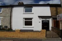 Terraced property to rent in Peel Street, Maidstone