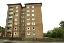 Flat to rent in London Road, Maidstone