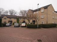 Flat in Lawrence Court, Pudsey...