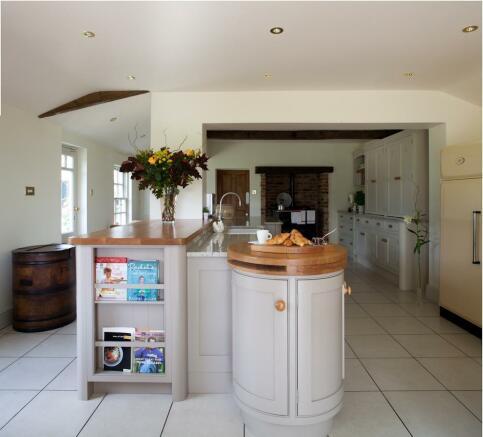 Kitchen_Panorama1.jpg