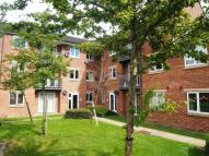 2 bed Flat in Woodeson Lea, Rodley...