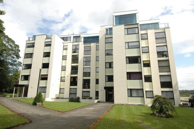 3 Bedroom Flat For Sale In Lake View Court West Avenue