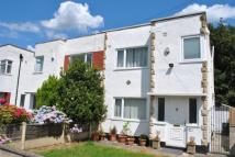 3 bed semi detached property for sale in Riviera Gardens, Leeds