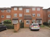 2 bed Apartment for sale in Laburnum Close...