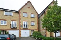 4 bed semi detached home in Sparkford Gardens...