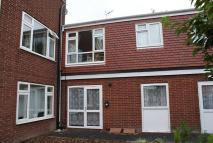 Ground Flat to rent in 6d Crown Place, Worksop...