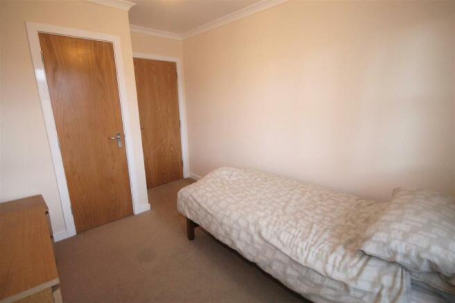 Bedroom 2 (Aspect 2)