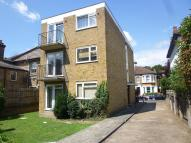 Apartment to rent in Warlingham Court, London
