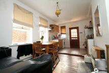 3 bedroom house to rent in Kilmorie Road...