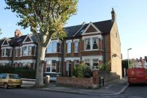 Flat to rent in Woolstone Road...