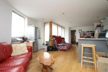 Flat to rent in Gordon Road, Nunhead