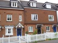 St Johns Hill Terraced house to rent