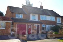5 bed semi detached home to rent in Falstaff Avenue, Reading