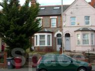 8 bed Terraced house to rent in Basingstoke Road, Reading