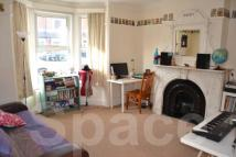 4 bed End of Terrace house to rent in Grange Ave, Reading