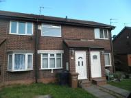 2 bedroom Mews to rent in Finchale Close -...