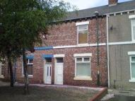 2 bed Terraced house in St Rollox Street -...