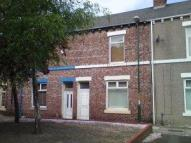 Terraced house to rent in St Rollox Street -...