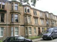 Flat in Whitefield Road, Glasgow...