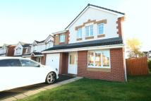4 bedroom Detached property in Smith Way G64 1FD