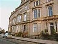 2 bed Flat to rent in PARK TERRACE, GLASGOW...