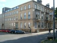 2 bed Flat to rent in CLAIRMONT GARDENS...